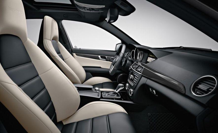 2012 Mercedes-Benz C63 AMG Coupe Black Series - Slide 65