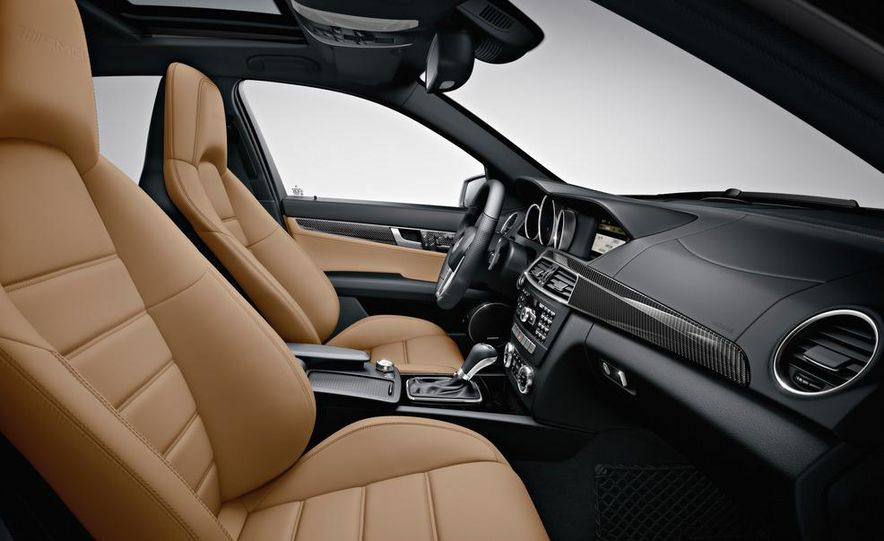 2012 Mercedes-Benz C63 AMG Coupe Black Series - Slide 66