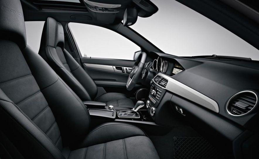2012 Mercedes-Benz C63 AMG Coupe Black Series - Slide 67