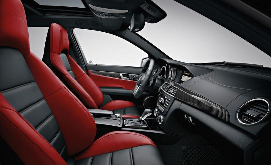 2012 Mercedes-Benz C63 AMG Coupe Black Series - Slide 68