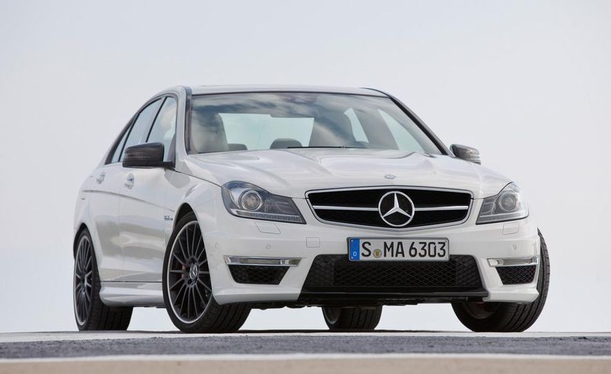 2012 Mercedes-Benz C63 AMG Coupe Black Series - Slide 61