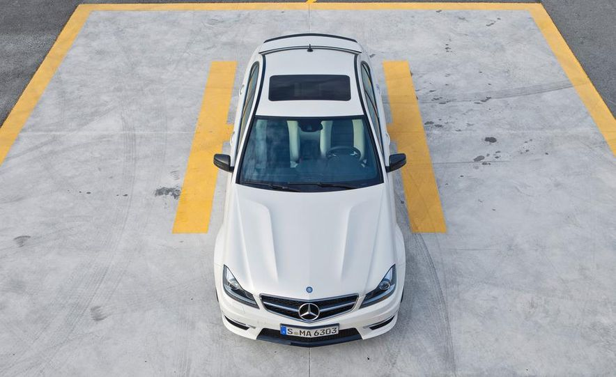 2012 Mercedes-Benz C63 AMG Coupe Black Series - Slide 62