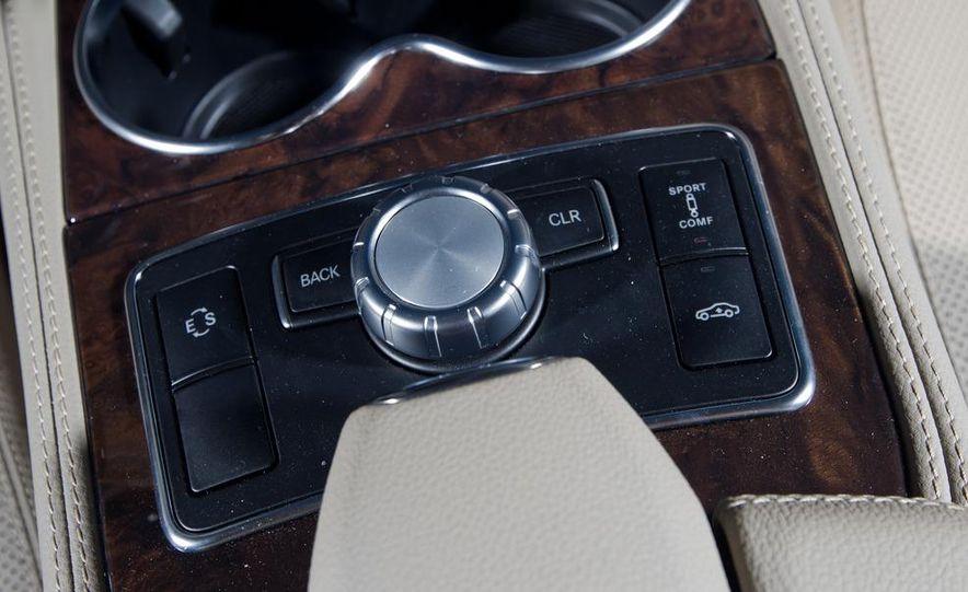 2012 Mercedes-Benz CLS550 and 2012 Audi A7 3.0T Quattro - Slide 43