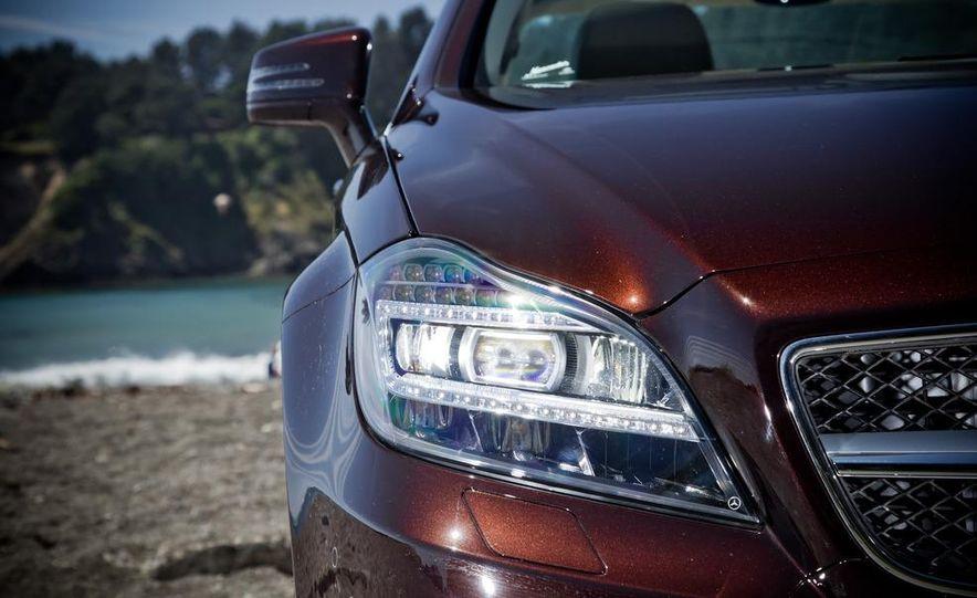 2012 Mercedes-Benz CLS550 and 2012 Audi A7 3.0T Quattro - Slide 26