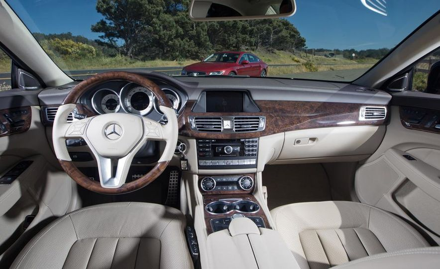 2012 Mercedes-Benz CLS550 and 2012 Audi A7 3.0T Quattro - Slide 39