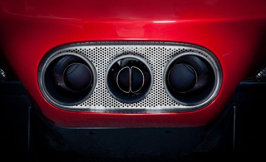 2011 Ferrari 458 Italia, 2012 McLaren MP4-12C, and 2011 Porsche 911 GT2 RS - Slide 37