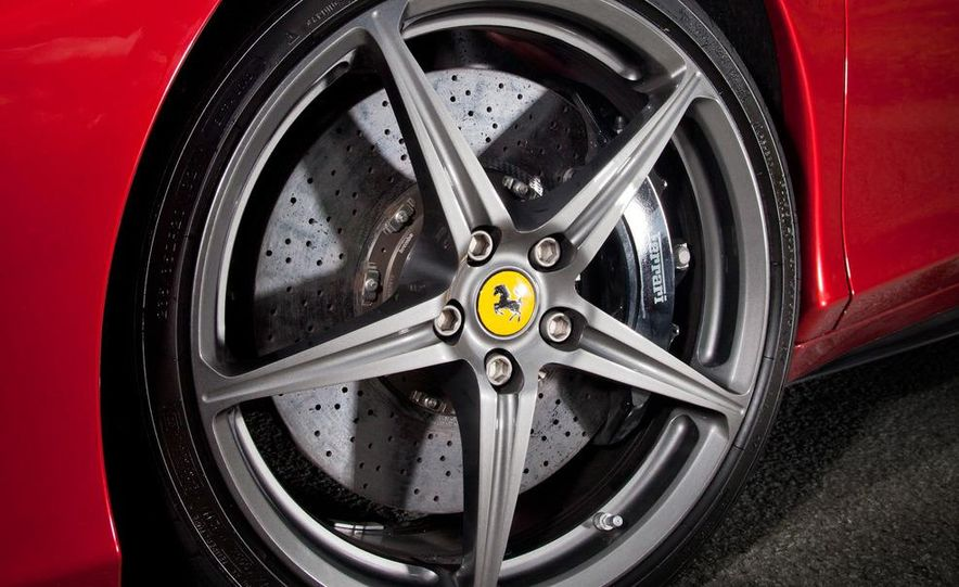 2011 Ferrari 458 Italia, 2012 McLaren MP4-12C, and 2011 Porsche 911 GT2 RS - Slide 33