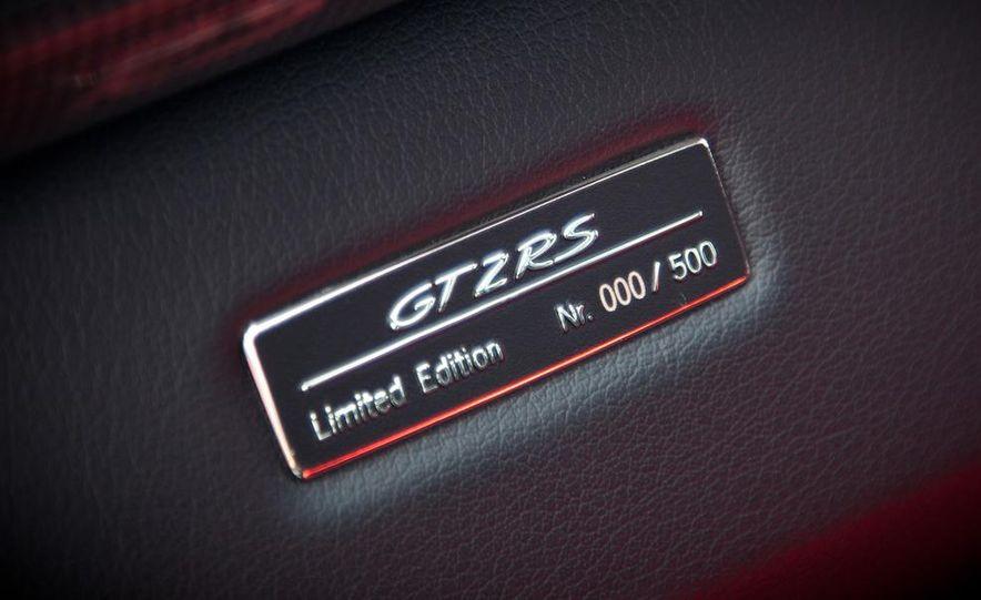 2011 Ferrari 458 Italia, 2012 McLaren MP4-12C, and 2011 Porsche 911 GT2 RS - Slide 31