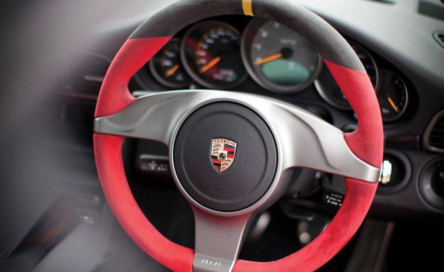2011 Ferrari 458 Italia, 2012 McLaren MP4-12C, and 2011 Porsche 911 GT2 RS - Slide 29