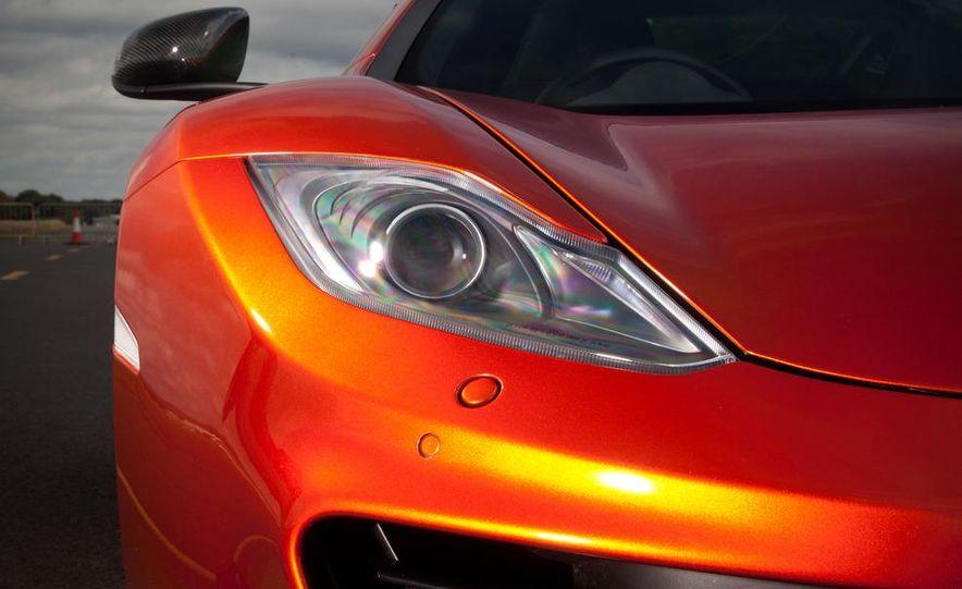 2011 Ferrari 458 Italia, 2012 McLaren MP4-12C, and 2011 Porsche 911 GT2 RS - Slide 60
