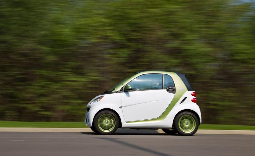 2011 Smart Fortwo Electric Drive - Slide 1
