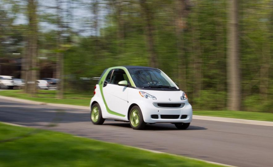 2011 Smart Fortwo Electric Drive - Slide 2