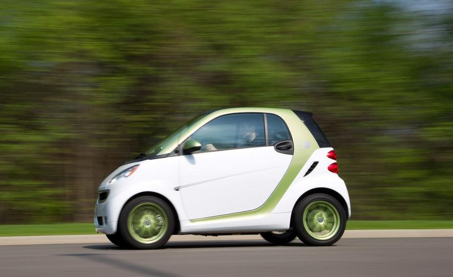 2011 Smart Fortwo Electric Drive - Slide 3