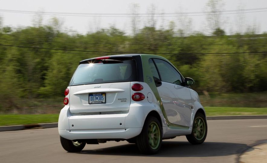 2011 Smart Fortwo Electric Drive - Slide 5
