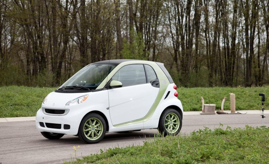 2011 Smart Fortwo Electric Drive - Slide 9