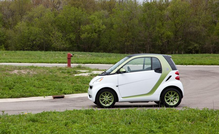2011 Smart Fortwo Electric Drive - Slide 10
