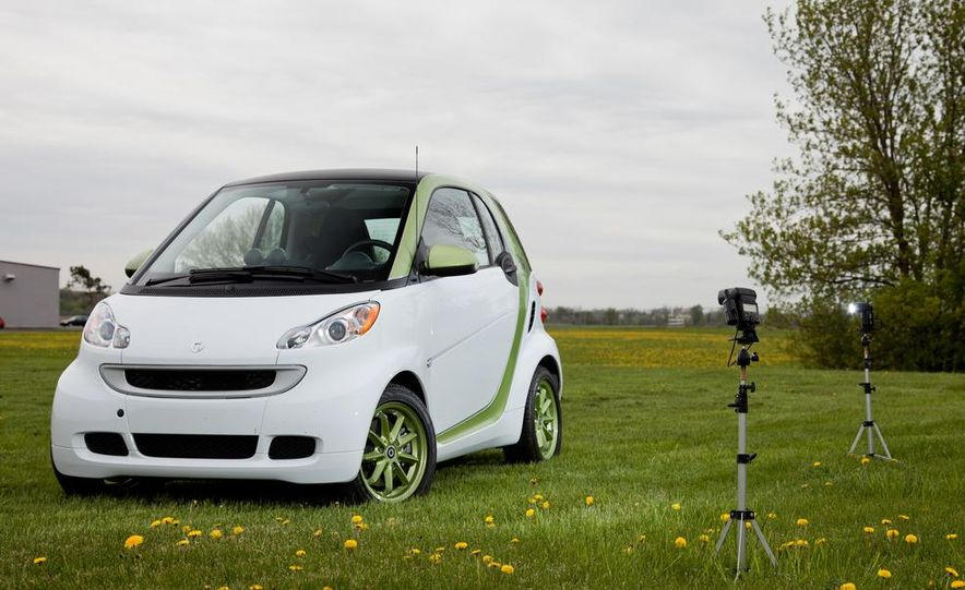 2011 Smart Fortwo Electric Drive - Slide 11