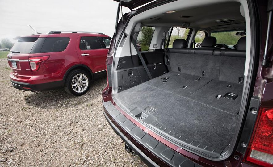 2011 Honda Pilot Touring 4WD, 2011 Dodge Durango Crew AWD, and 2011 Ford Explorer XLT 4WD - Slide 33