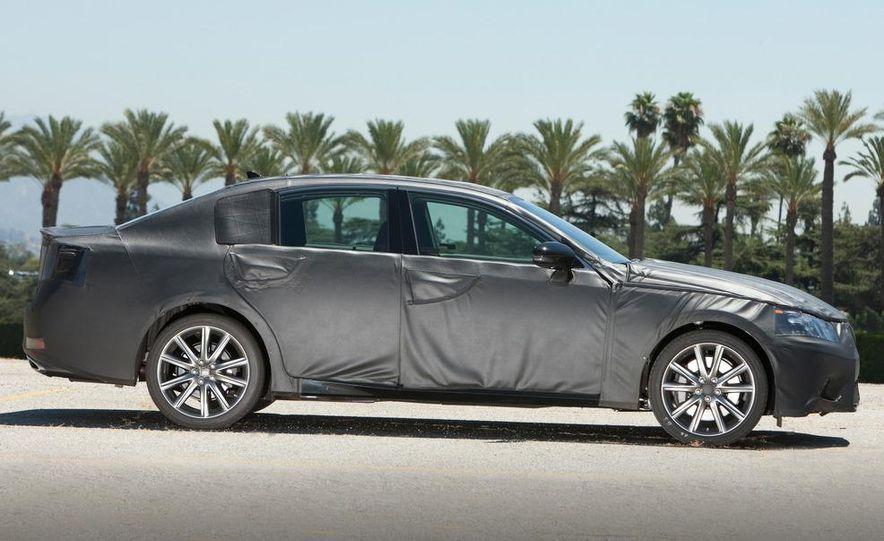 2012 Lexus GS350 (prototype) - Slide 6