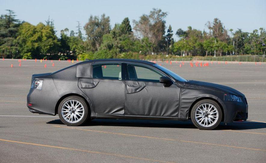2012 Lexus GS350 (prototype) - Slide 7