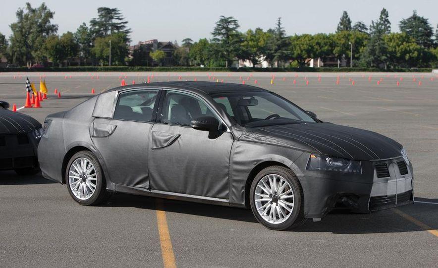 2012 Lexus GS350 (prototype) - Slide 14
