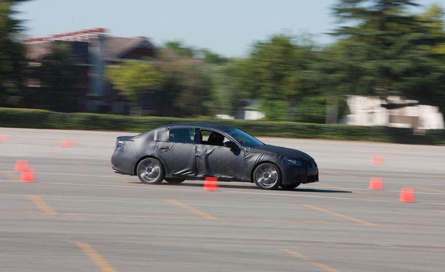 2012 Lexus GS350 (prototype) - Slide 21