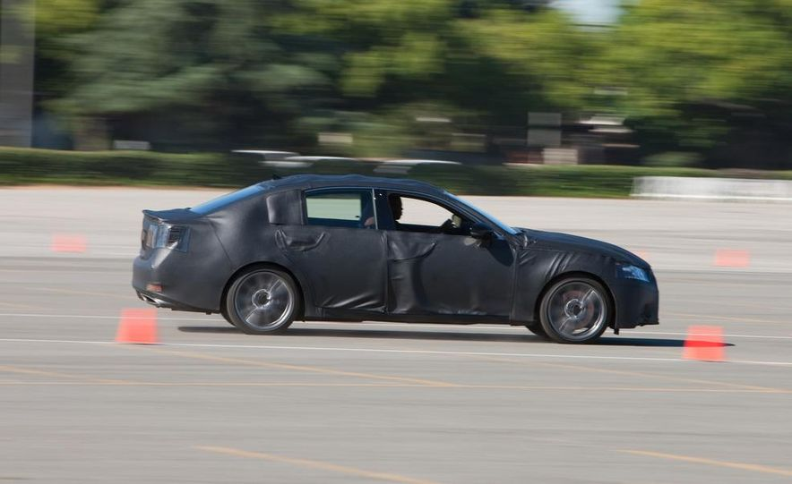 2012 Lexus GS350 (prototype) - Slide 22