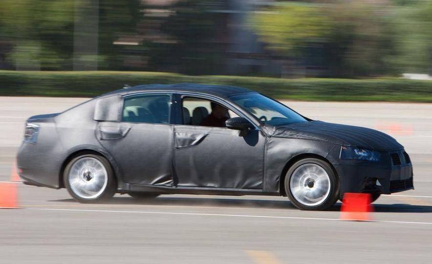 2012 Lexus GS350 (prototype) - Slide 25