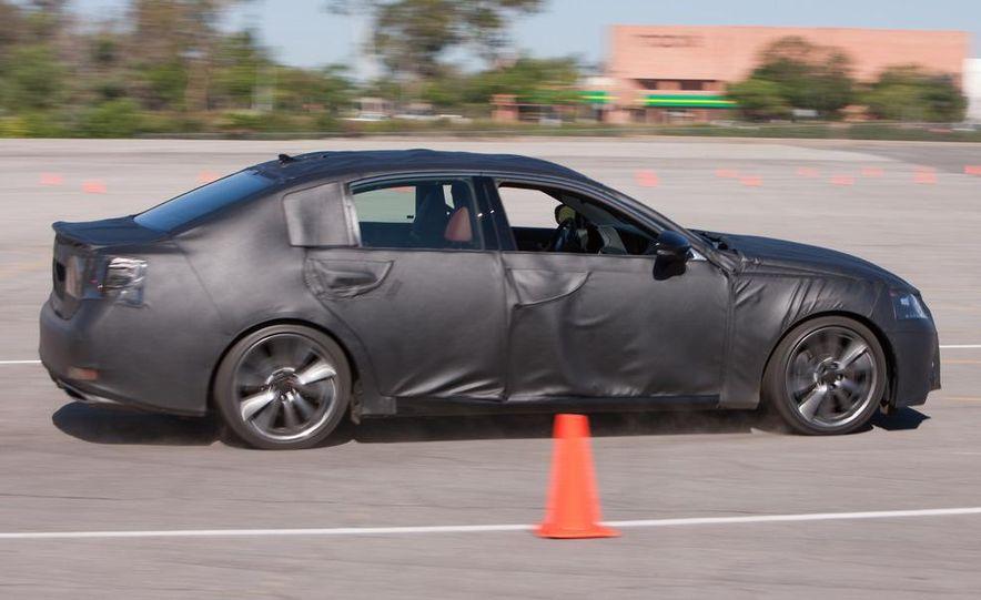 2012 Lexus GS350 (prototype) - Slide 30