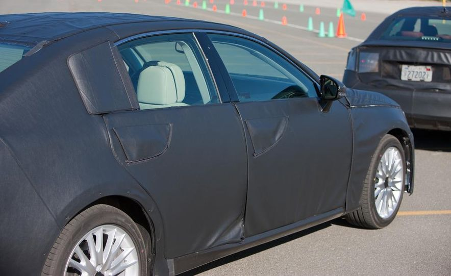 2012 Lexus GS350 (prototype) - Slide 9