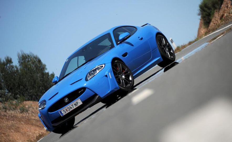 2012 Jaguar XKR-S - Slide 24
