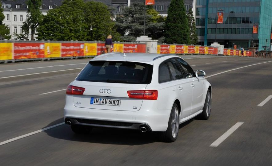 2012 Audi A6 Avant 3.0 TDI S-line - Slide 1