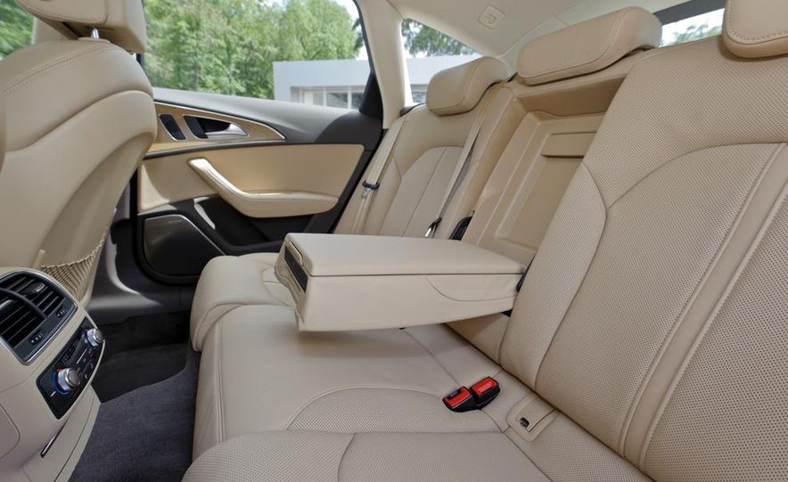 2012 Audi A6 Avant 3.0 TDI S-line - Slide 14