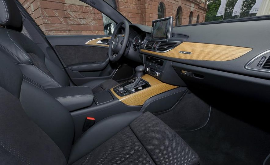 2012 Audi A6 Avant 3.0 TDI S-line - Slide 15