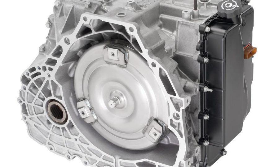 2012 Cadillac SRX - Slide 18