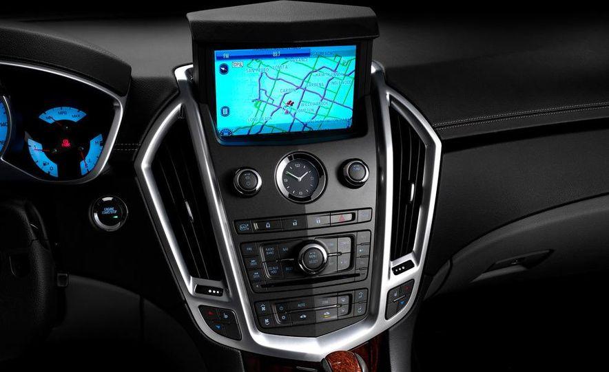 2012 Cadillac SRX - Slide 14