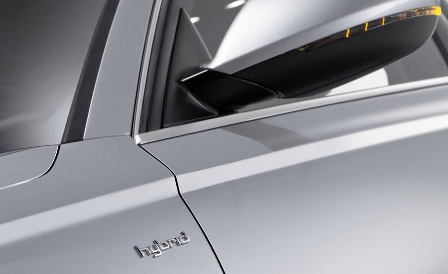 2012 Audi A6 hybrid - Slide 11