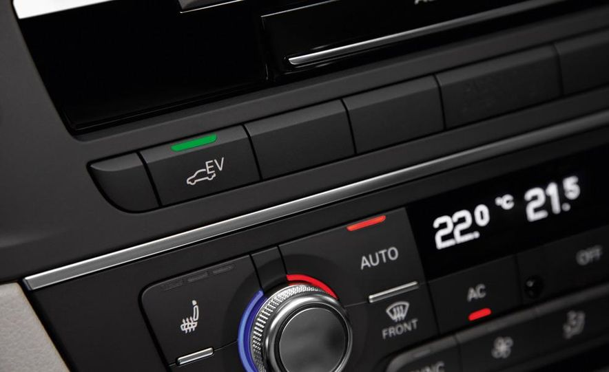 2012 Audi A6 hybrid - Slide 13