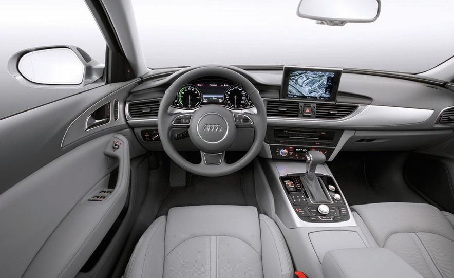2012 Audi A6 hybrid - Slide 12