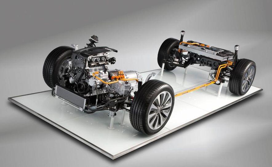 2012 Audi A6 hybrid - Slide 16