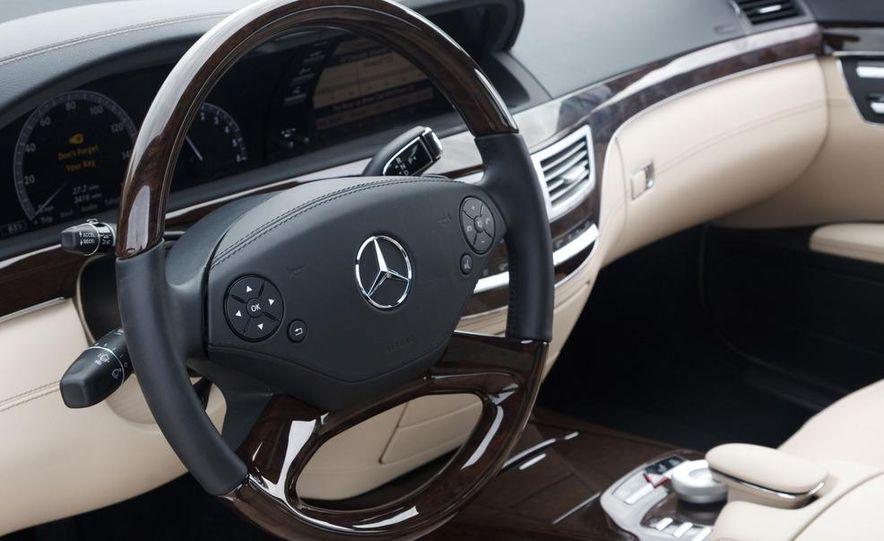 2012 Mercedes-Benz S350 BlueTec 4MATIC - Slide 12
