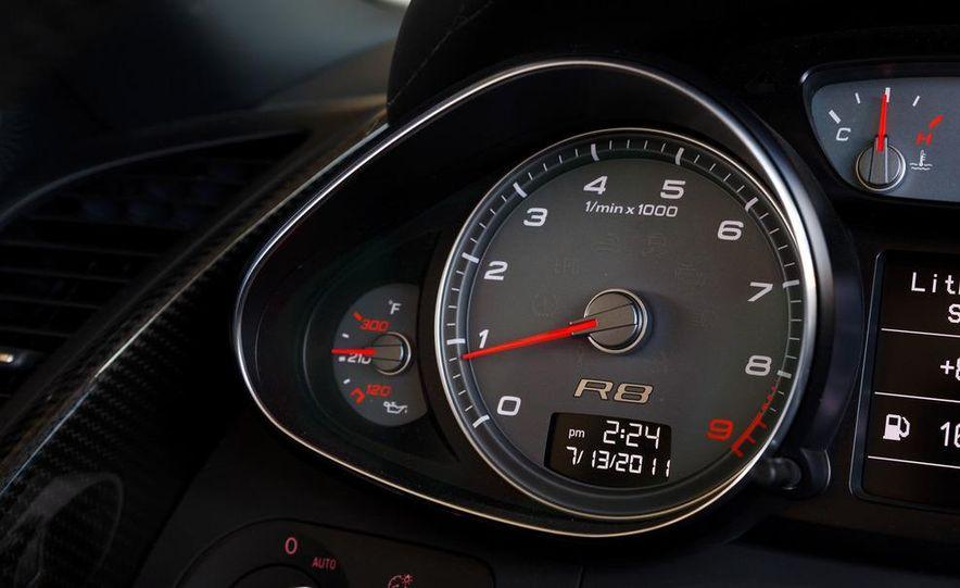2011 Audi R8 4.2 Spyder - Slide 28