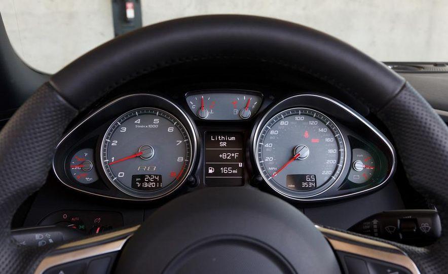 2011 Audi R8 4.2 Spyder - Slide 29