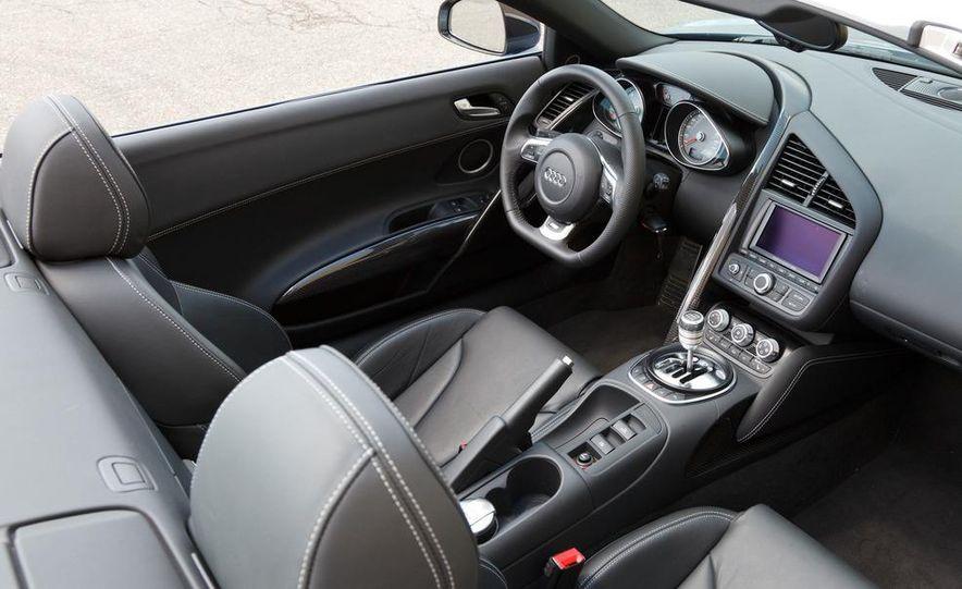 2011 Audi R8 4.2 Spyder - Slide 21