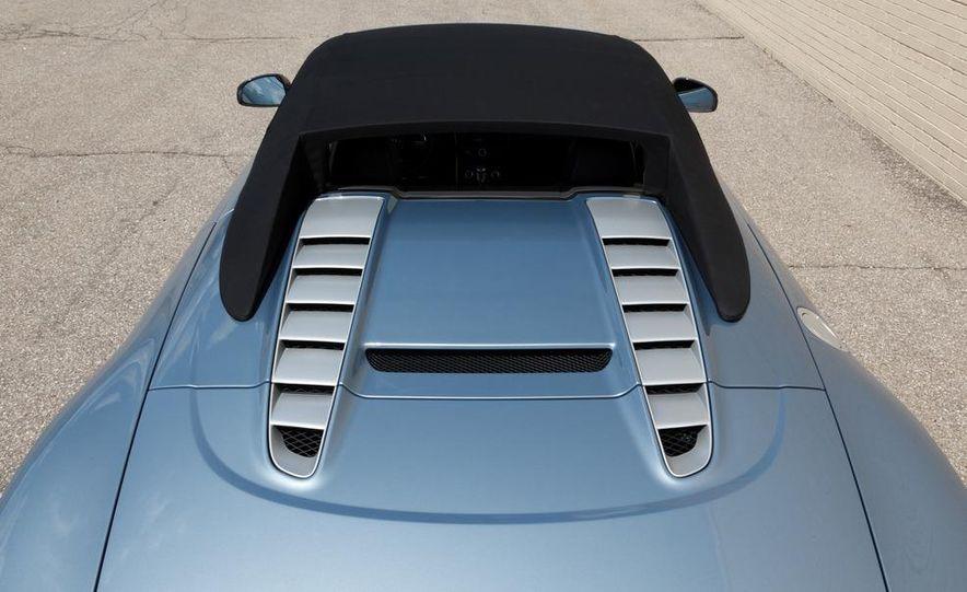 2011 Audi R8 4.2 Spyder - Slide 19