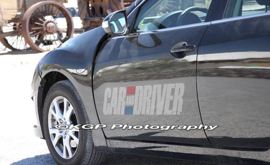 2013 Mazda 6 hybrid (spy photo) - Slide 8