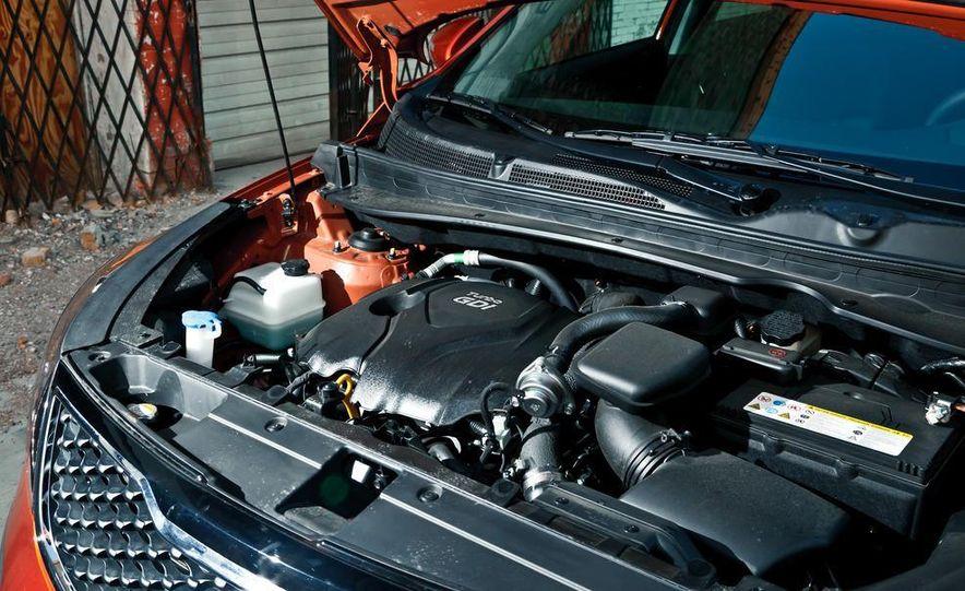 2011 Kia Sportage SX AWD - Slide 38