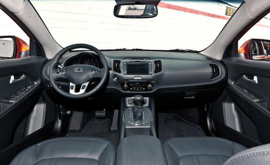 2011 Kia Sportage SX AWD - Slide 31