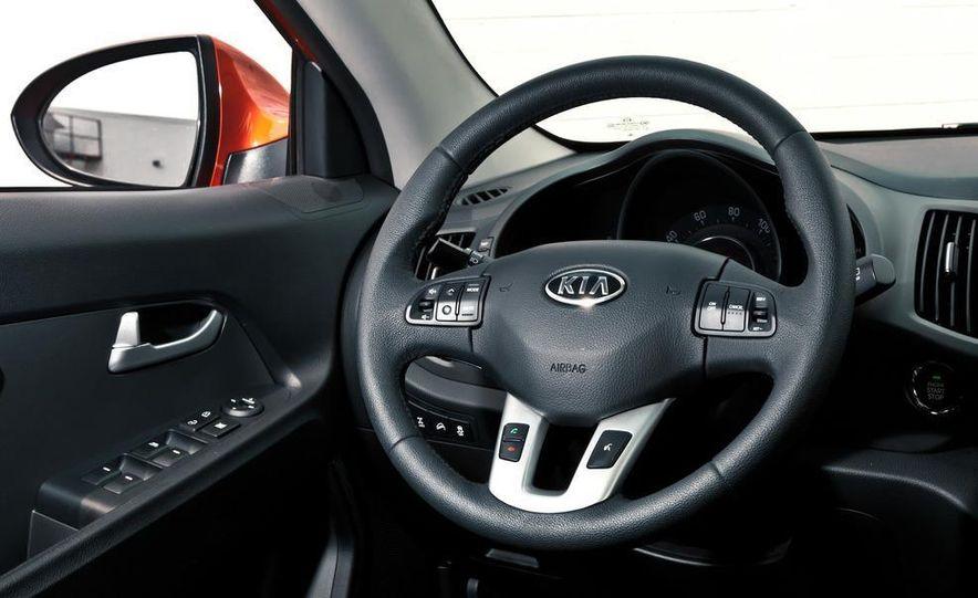 2011 Kia Sportage SX AWD - Slide 35