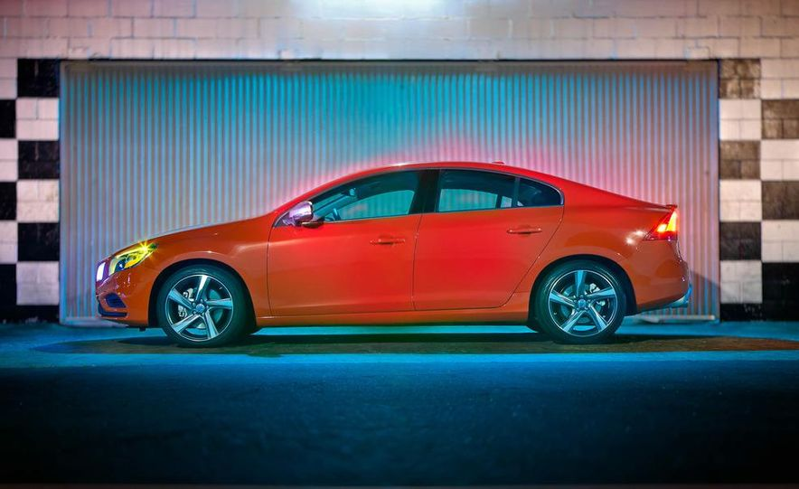 2012 Volvo S60 R-Design - Slide 16